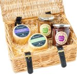 hartington_cheese_hamper_cheese_chutney_wicker-WEB