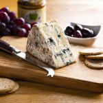 hartington_wedge_dovedale_blue_02_cheese