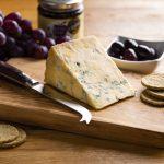 hartington_wedge_peakland_blue_02_cheese